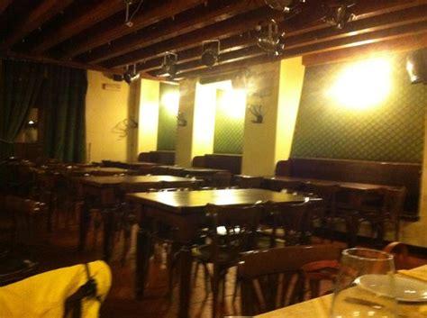 interni pub interno pub photo de ristorante pizzeria boccaccio