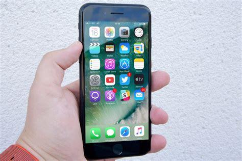 imessage hack lets  crash friends iphones  text