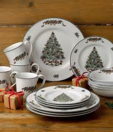 25 best ideas about christmas dinnerware on pinterest