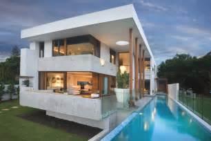 luxury living at amalfi drive isle of gold coast