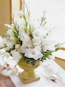 Flower Arrangement In Vase 44 Flower Arrangements For Christmas