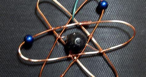 como construir una maqueta de un atomo de aluminio cient 237 fico ofrece recompensa a quien demuestre que la