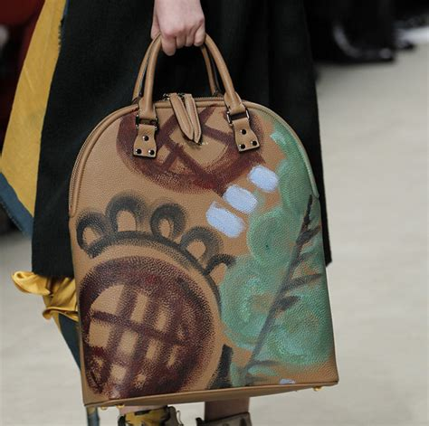 Burberry 2008 Handbags Runway Review by Burberry Fall 2014 Runway Bags 25 For Best Designer