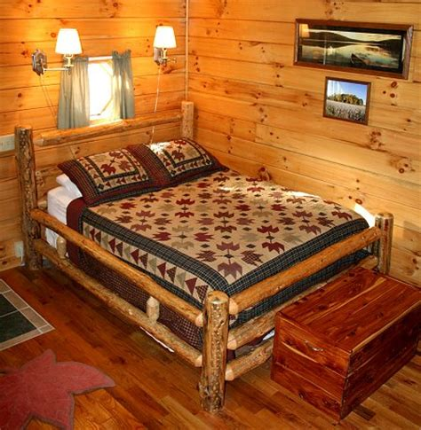 Ohio Cabin Bed by Cabin Rentals Ohio Maple Cabin Ash Ridge Cabins