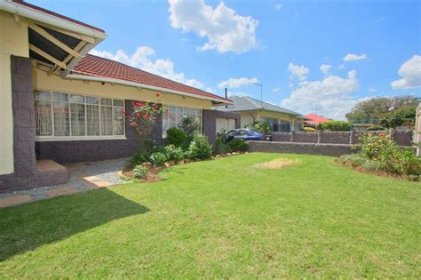 14 bedroom house for sale 4 bedroom house for sale western extension 1bz1313093
