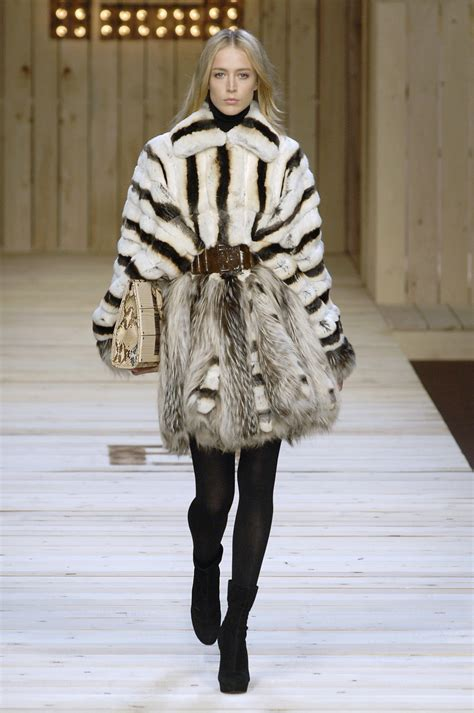 Fendi Fall 2007 Bags by Fendi Fall 2007 Runway Pictures Livingly