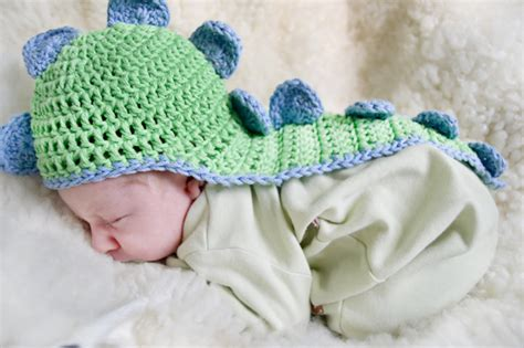 Handmade Dinosaur Crochet Hat Pattern - chic and cozy these baby crochet hats are simply adorable