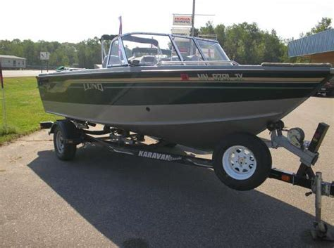 lund fishing boats for sale in michigan boatsville new and used lund boats