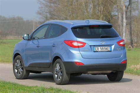 al volante hyundai ix35 prova hyundai ix35 scheda tecnica opinioni e dimensioni 1