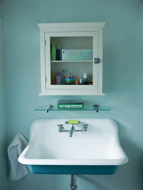 bain de si鑒e pharmacie photos un cottage des 233 es 20 de westmount maison et