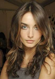 medium brown hair color medium brown hair color with highlights hairstyles