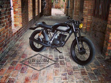 suzuki ax 100 suzuki ax100 cafe racer by clav custom retro garage colombia