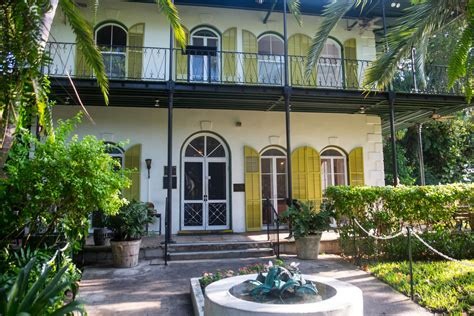 hemingway house key west papa hemingway s house key west florida the greatest