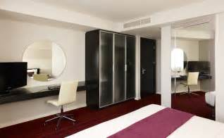 hotel rooms and suites in central leeds park plaza leeds