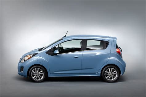 Toyota Sparks Chevy Spark Ev Now Available For Rent Through Hertz