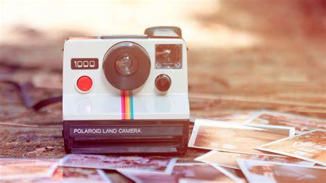 wallpaper camera instagram polaroid camera wallpaper photos wallpaper wallpaperlepi