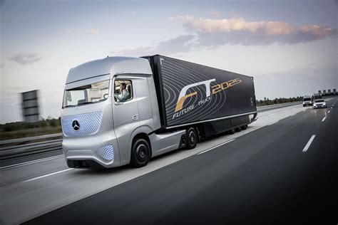 mercedes truck mercedes benz future truck 2025 photo gallery autoblog