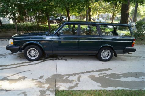 where to buy car manuals 1993 volvo 240 auto manual 1993 volvo 240 classic rare limited edition station wagon for sale photos technical