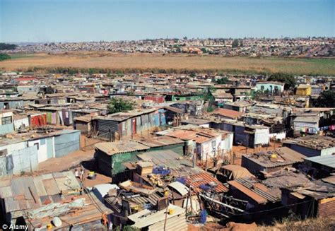 Floor Planning Online by Slum Dwellers In South Africa Are Given A Taste Of Mod