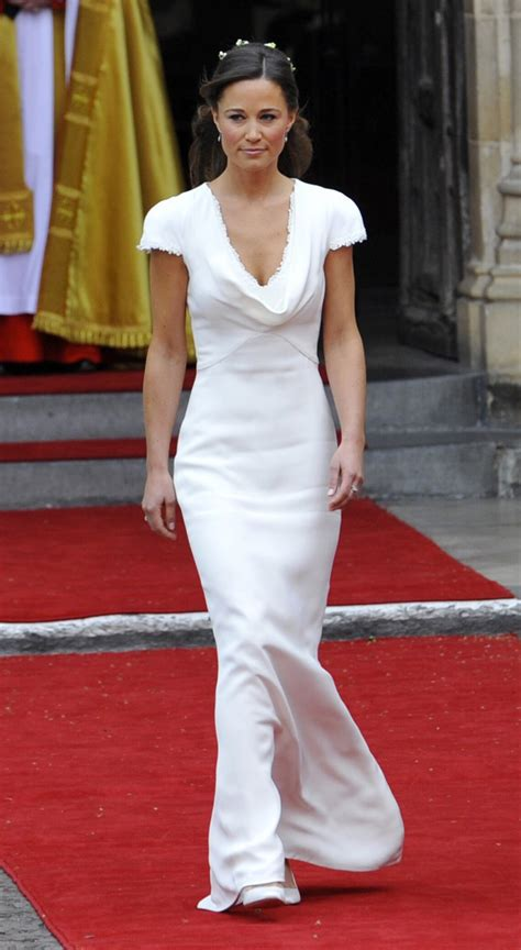 pippa wedding pippa middleton s royal wedding dress replica goes on sale
