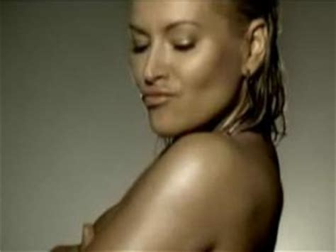 anastacia best of you anastacia best of you foo fighters cover moopy