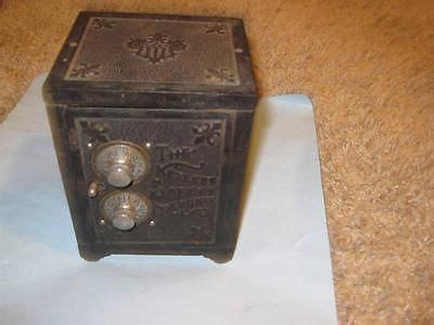 Spuit Wilton No 352 By Cast antiques collectibles cast
