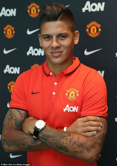 marcos rojo manchester united deal attacked by sporting