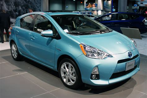 books about how cars work 2012 toyota prius plug in hybrid on board diagnostic system file prius c was 2012 0646 jpg wikimedia commons