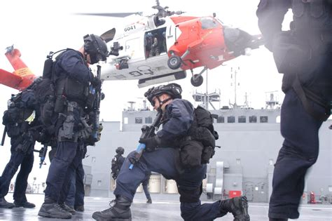 To Guard Us u s coast guard out of counterterror weaponsman