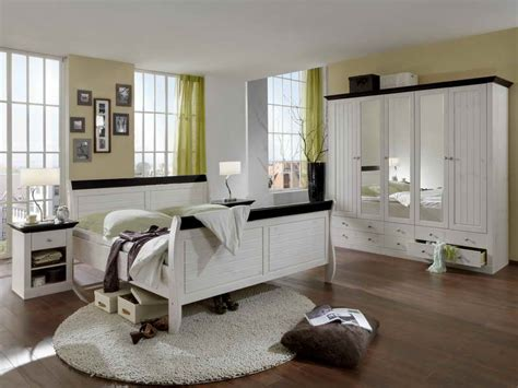 organizing small bedrooms ideas ideas to organize a small bedroom diy bedroom