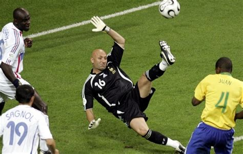 50 best goalkeepers in world football history sers blog who are the best goalkeepers in football