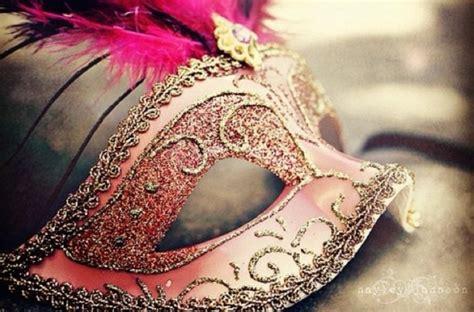 masquerade ball   theatre   venice carnival