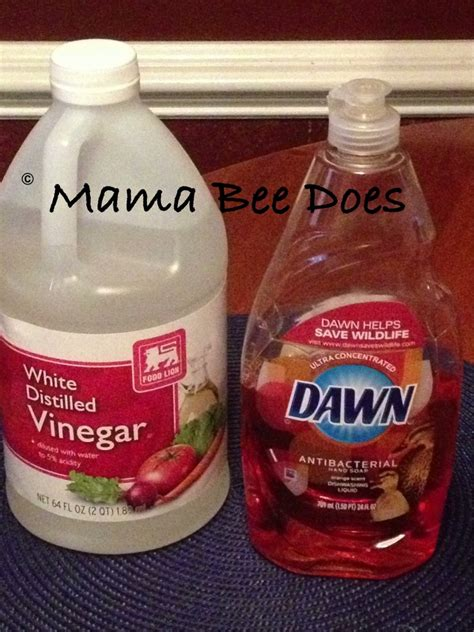 cleaning bathtub with vinegar quot clean shower tub with vinegar and dawn quot it works great