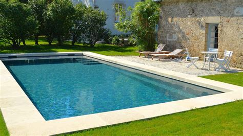 piscina in piscine image et photo arts et voyages