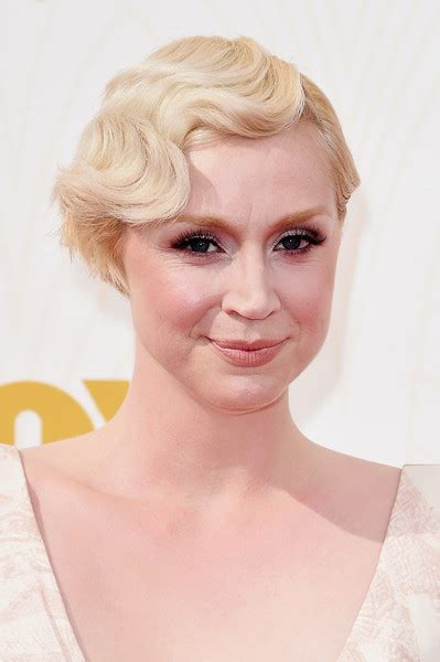 Emmy Trends Updos 2015 primetime emmy awards hairstyles makeup looks