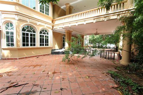 large riverside villa in chroy chongva phnom penh