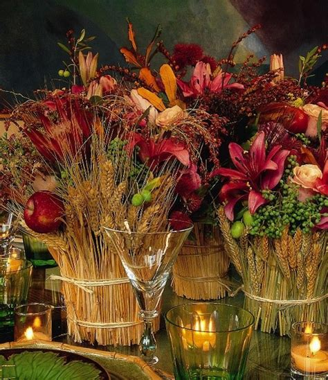 7 Gorgeous Thanksgiving Decor Items by 15 Beautiful Thanksgiving Table Settings Artisan Crafted