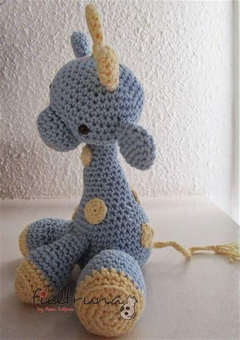imagenes de jirafas tejidas a crochet m 225 s de 1000 im 225 genes sobre crochet giraffes en