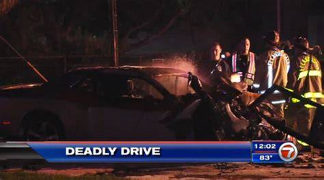 Car Lawyer In Fort Lauderdale 2 by Crash Between Car And Leaves 2 Dead In Ft Lauderdale