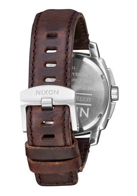 Nixon Charger Leather Gunmetal Silver Brown A10772665 nixon the charger chrono leather silver brown nur 207 20