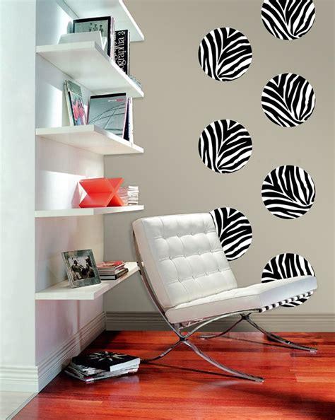 Sofa Dobel Motif Printing Dan Foto aplikasi motif bulu binatang bikin rumah makin mewah properti liputan6