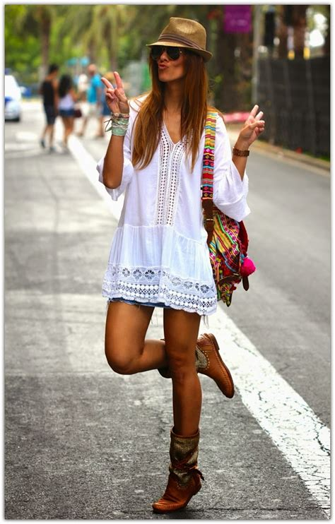 women who have bohemian style art symphony white boho tops