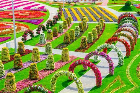 Indahnya Gan Gambar Foto 15 foto indahnya taman bunga di dubai dijuluki taman
