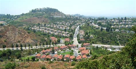 best time to buy a house in california 10 neighborhoods in orange county for families movoto
