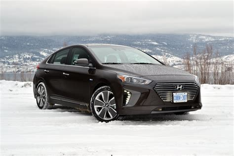 hyundai ioniq in hybrid 2018 hyundai ioniq in hybrid drive review