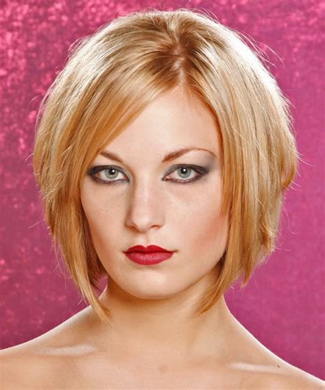 graduated cut is good for which face type medium straight casual hairstyle