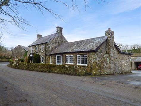 South Wales Cottage by Lodge Friendly Cottage In Nolton