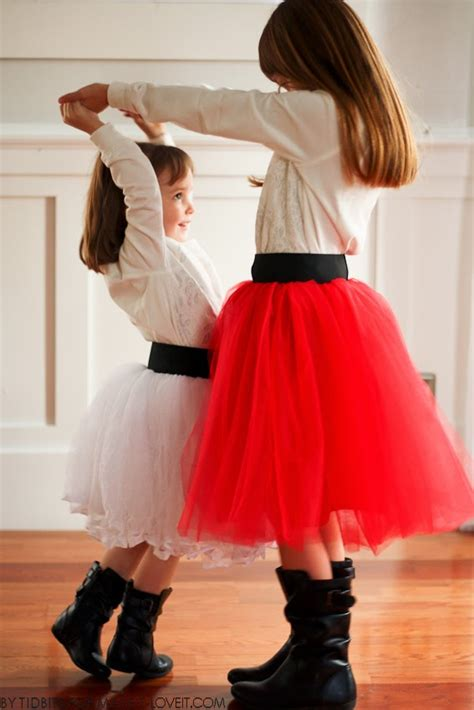 diy tulle skirt with wide elastic waist band