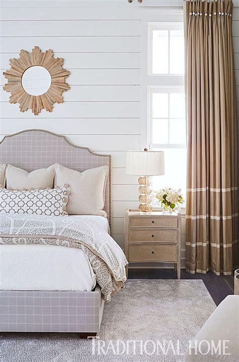 guest bedroom color schemes 733 best brilliant bedrooms images on pinterest bedroom