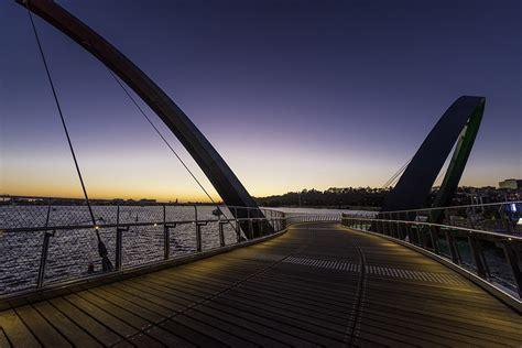 elizabeth quay pedestrian bridge tensile design construct